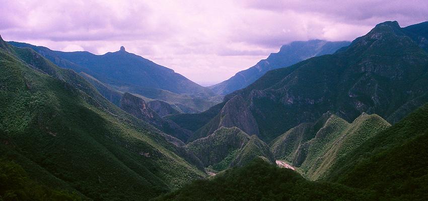 Şərqi Syerra-Madre dağları hansı ölkədədir? | Quedeus